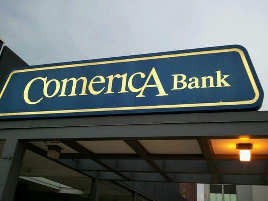 comerica bank customer service