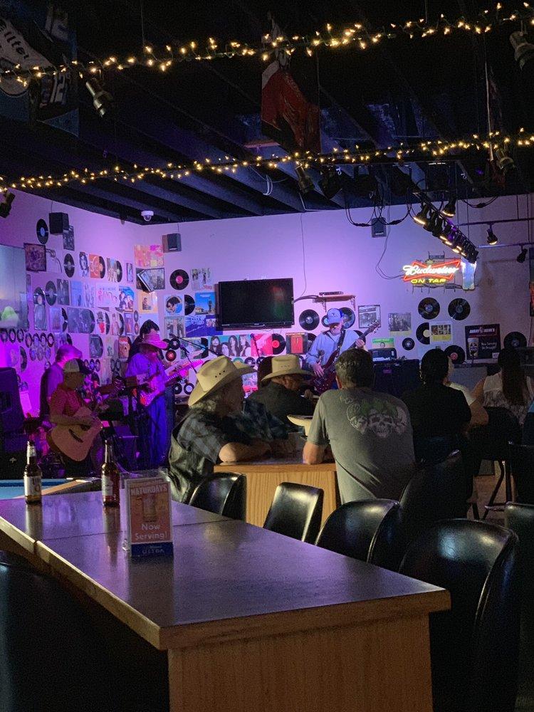 Powder Horn Lounge & Muzzle Loader Cafe: 4912 Laurel Rd, Billings, MT