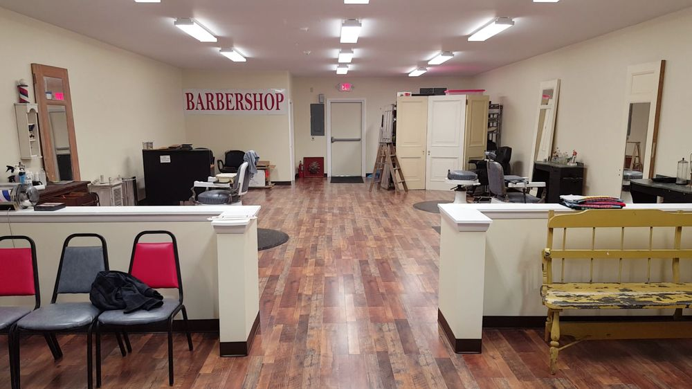 Hair and Beard Barbershop: 407 S Plank Rd, Newburgh, NY