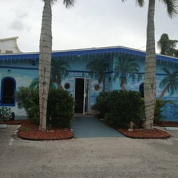 Marias Old Florida Restaurant Closed Seafood 17979 San Carlos