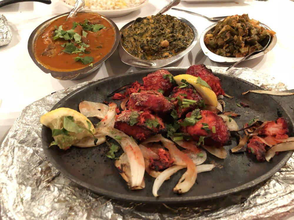 Photo of Hema's Kitchen: Chicago, IL
