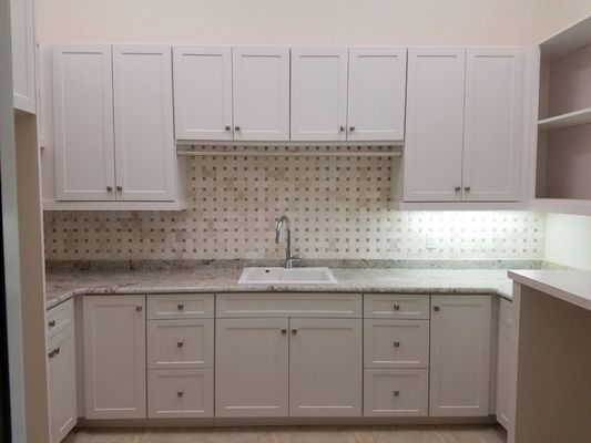 Description D H Custom Cabinets