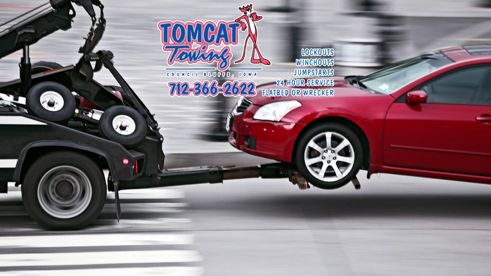 Tomcat Towing: 3030 N 5th St, Carter Lake, IA