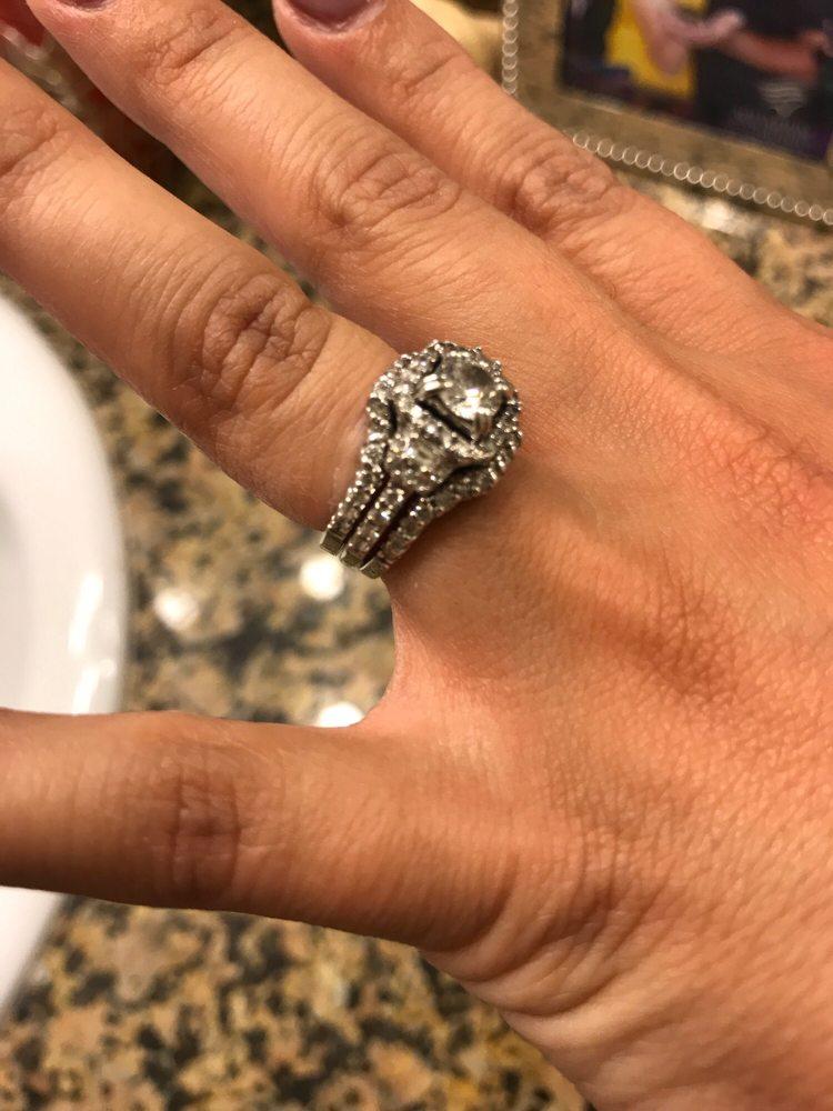 Ba Lan Fine Jewelry: 115 North Citrus Ave, Covina, CA