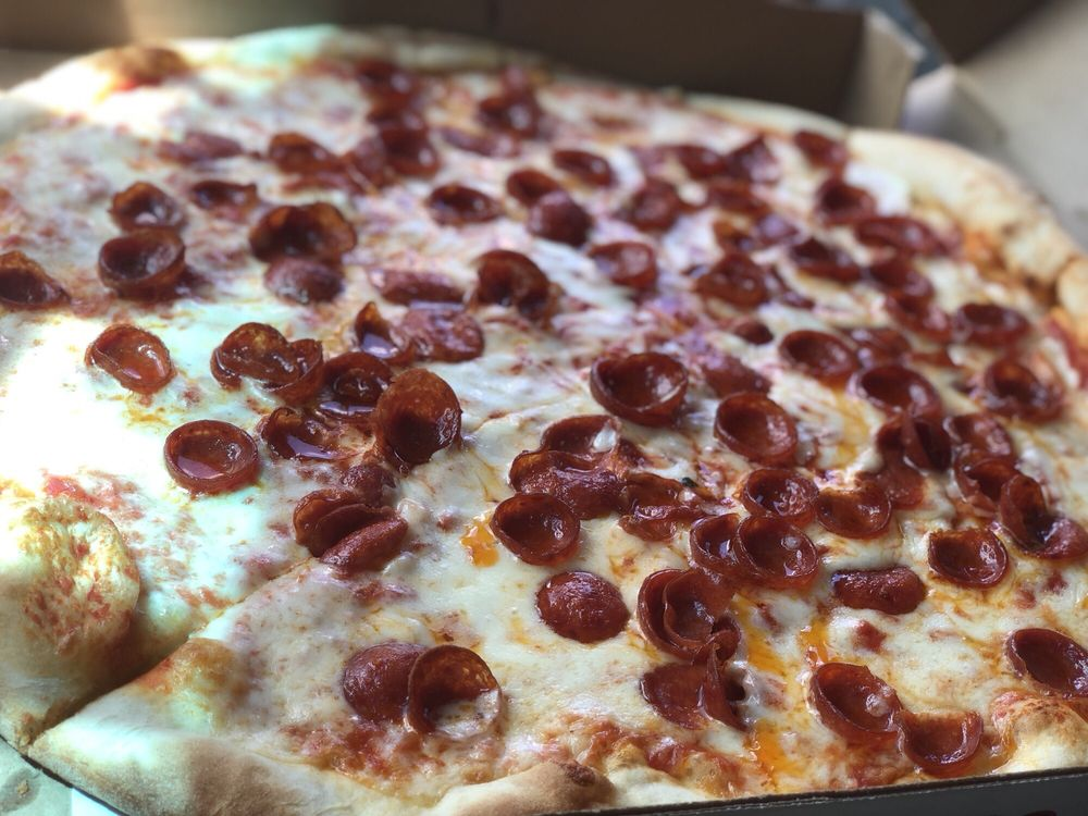 Downtown Pizza and Italian Grill