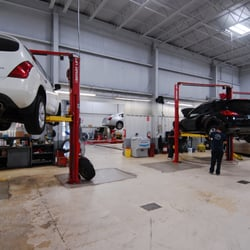 Nissan Grand Rapids >> Fox Nissan 13 Photos 13 Reviews Car Dealers 4430 28th St Se