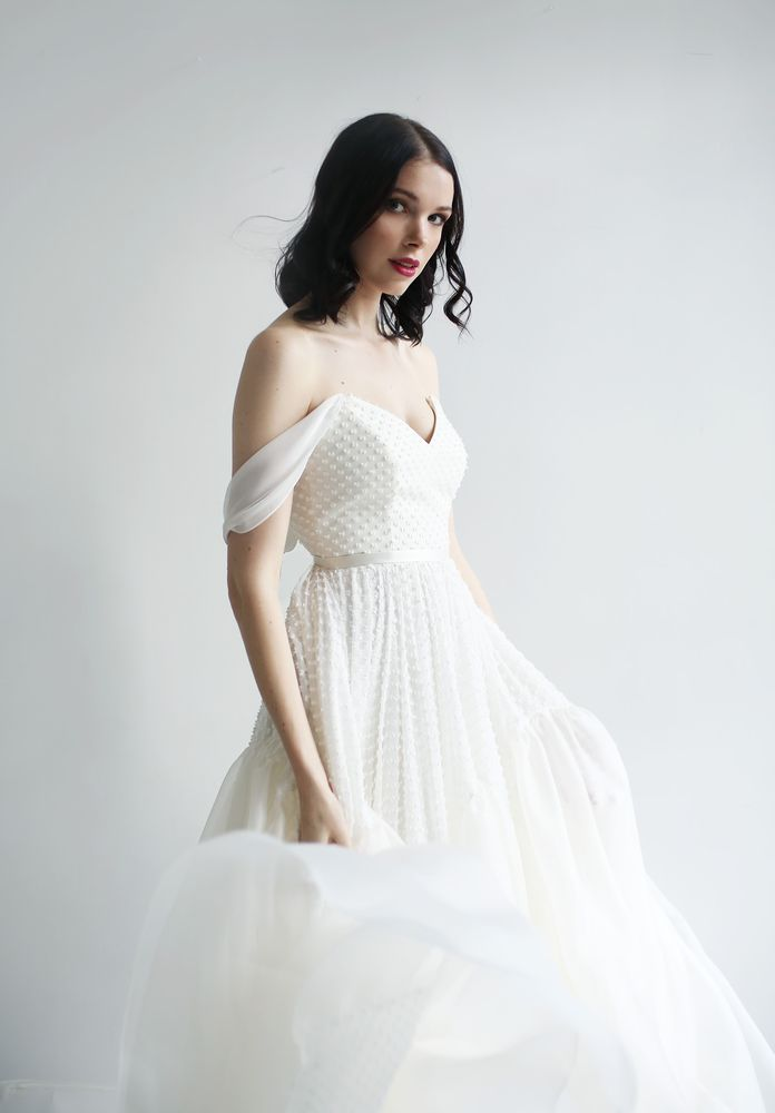 Leanne Marshall Bridal: 39 W 38th St, New York, NY