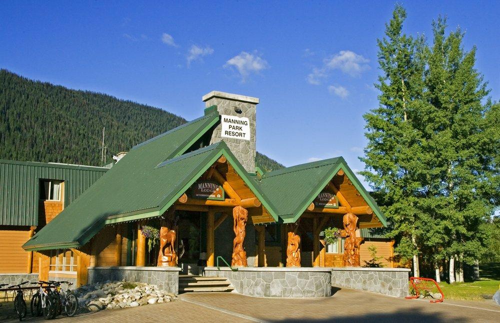 Manning Park Resort: 7500 Highway 3, Manning Park, BC