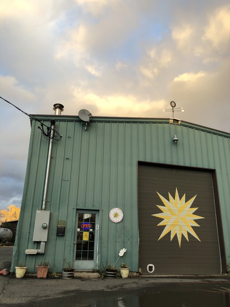 Wandering Star Craft Brewery: 11 Gifford St, Pittsfield, MA