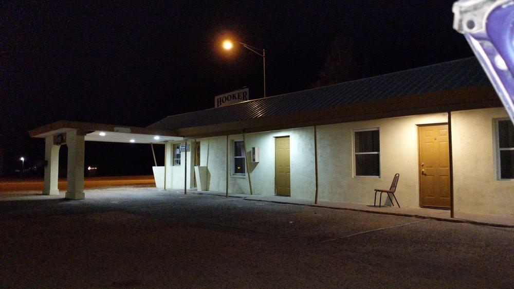 Hooker Inn: 710 Highway 54, Hooker, OK