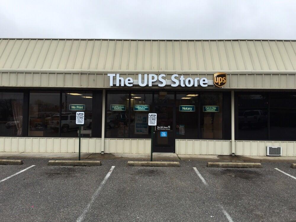 The UPS Store: 2517 Harrison St, Batesville, AR