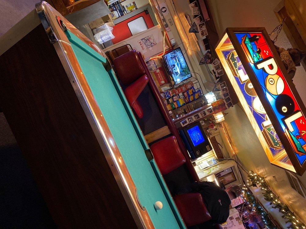 Timbuktu Bar & Grill: 1251 N Andover Rd, Andover, KS