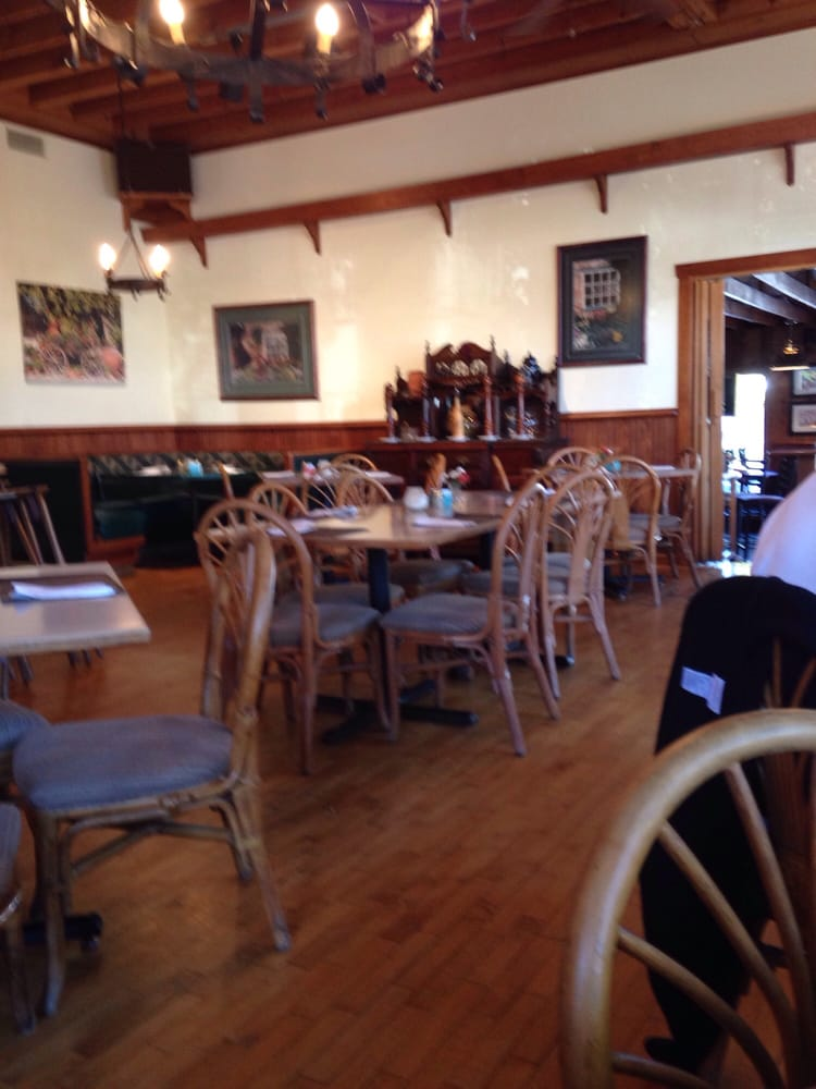 The summertime restaurant closed 53 reviews for Fish creek restaurants