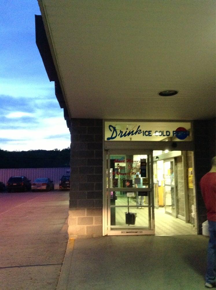 Shop'n Save: 540 S Pike St, Shinnston, WV