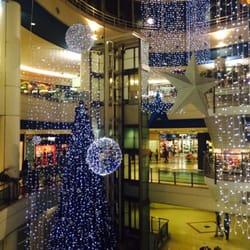 d37a98ac545 Strada Outlet - Shopping Centers - Estrada da Paiã