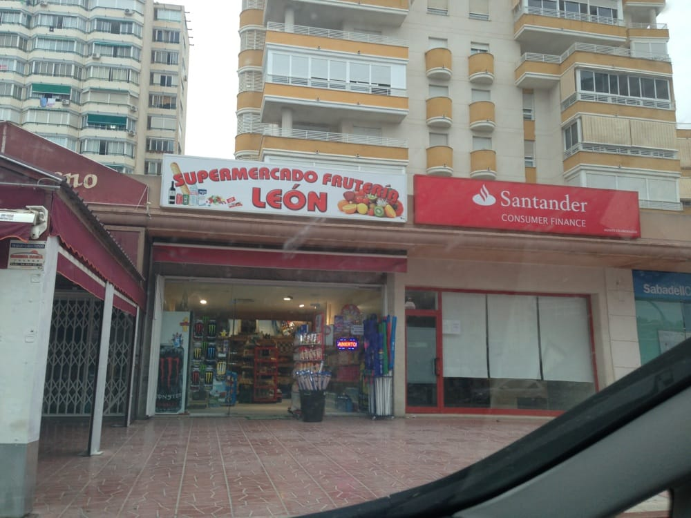 León: Avenida la Vila Joiosa 38C, Benidorm, A