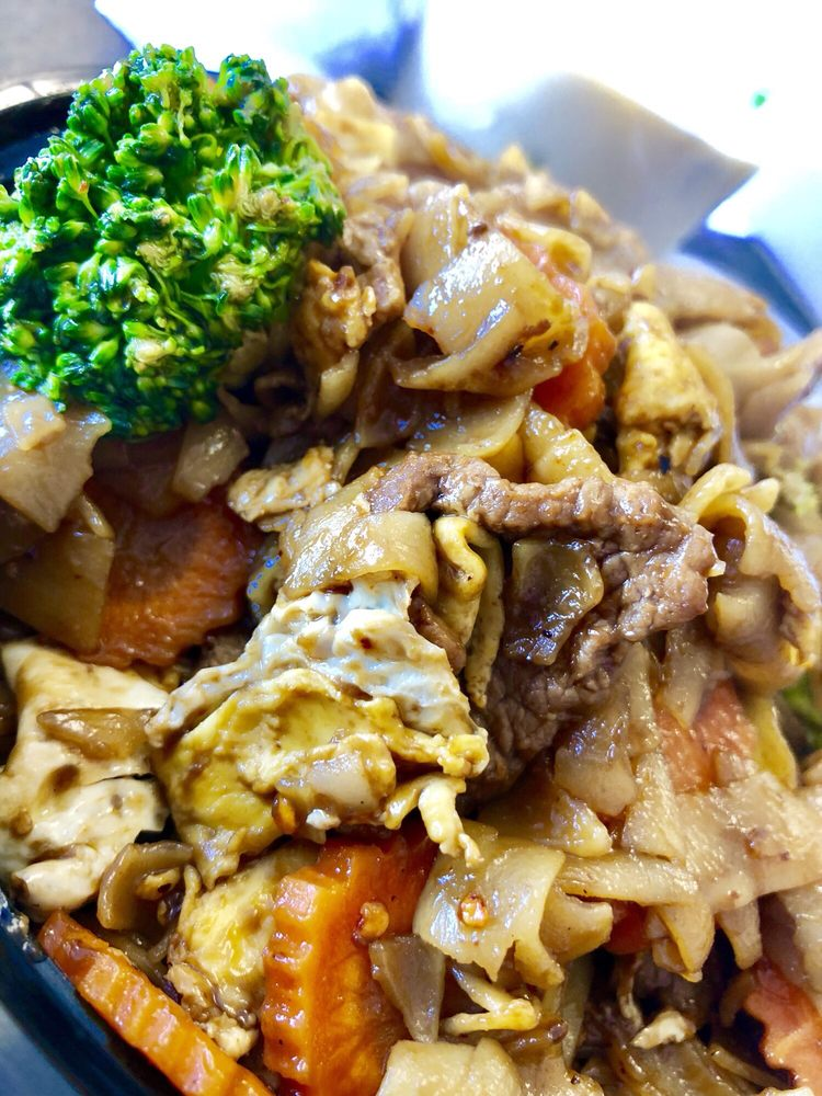 Thai Kitchen: 2216 Palmyra Rd, Albany, GA