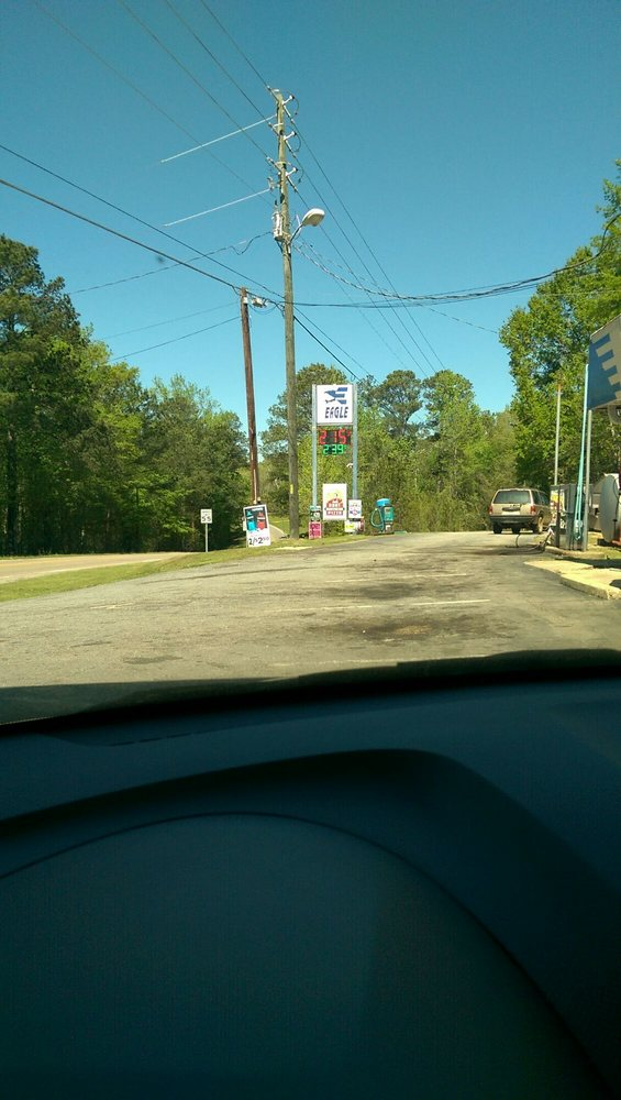 D & S Quick Stop: 2885 Red Hill Rd, Eclectic, AL
