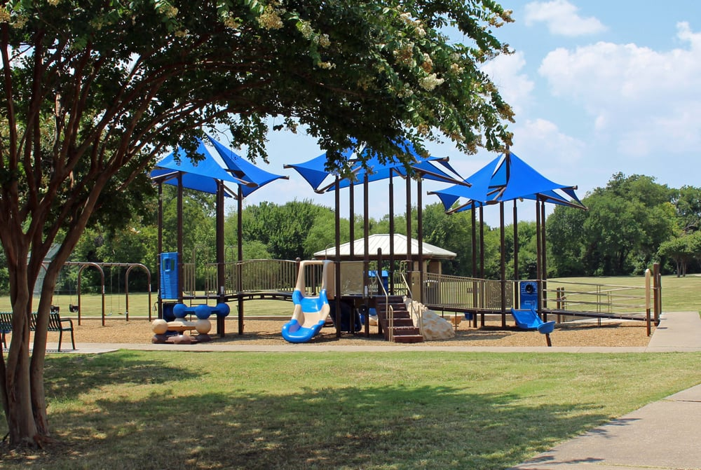 Chisholm Trail: Chisholm Trl, Plano, TX
