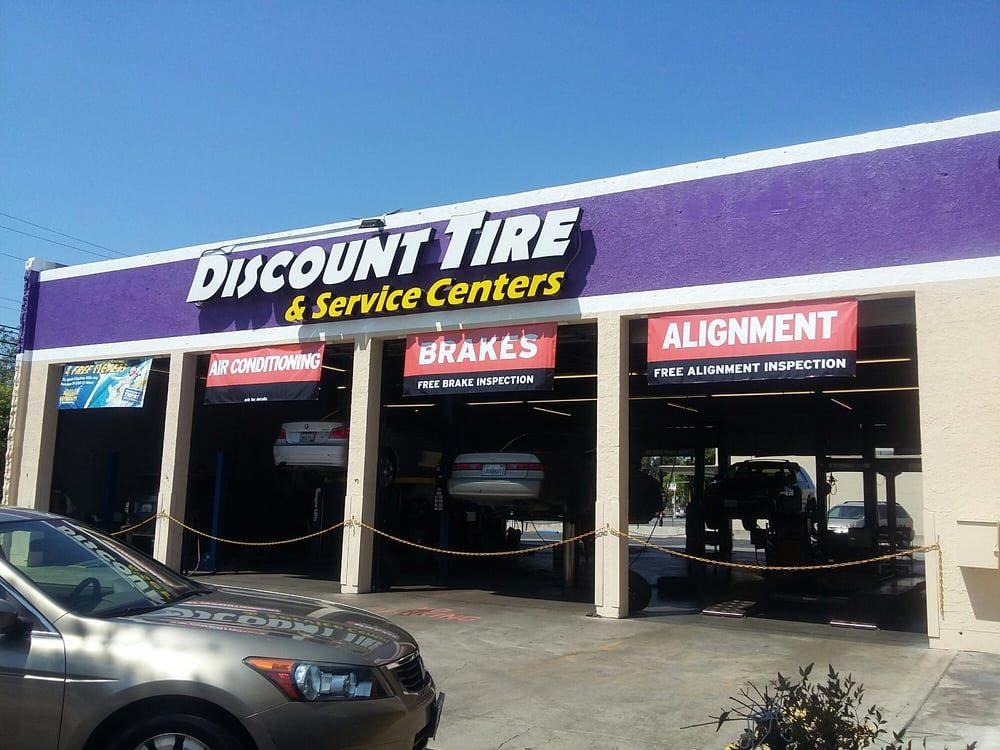Discount Tire Centers 27 Photos 24 Reviews Tires 1144 S E St