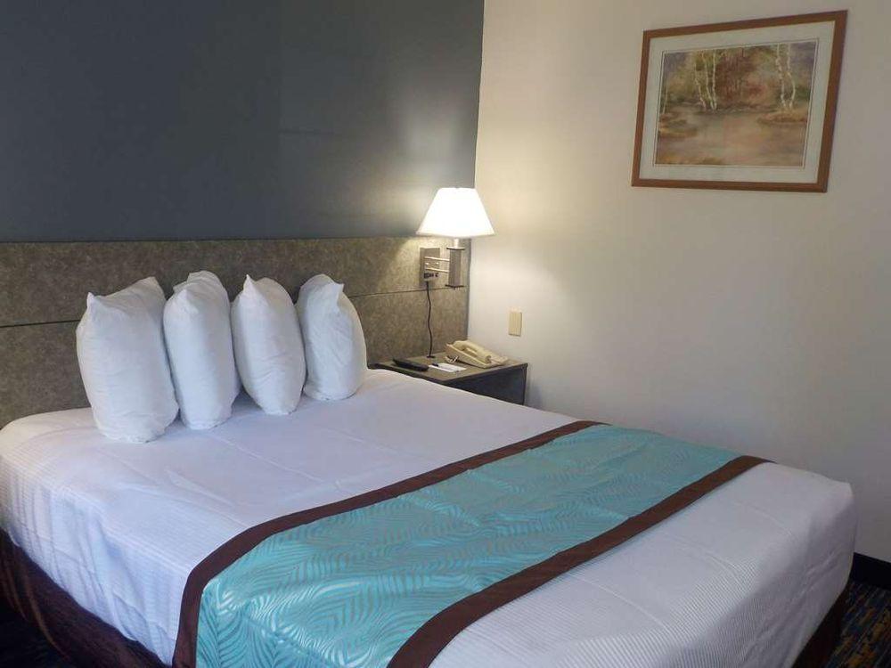 SureStay Hotel by Best Western Marienville: 264 Cherry St, Marienville, PA