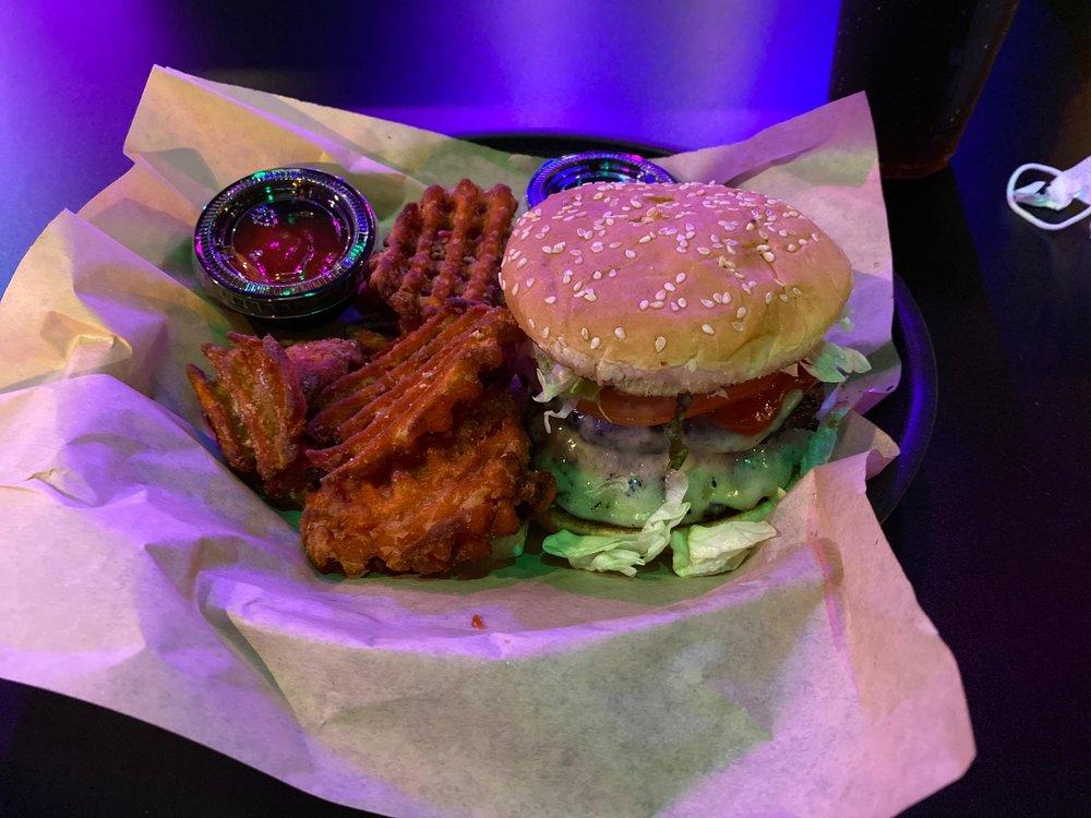 Bit Burger Knox: 151 N Seven Oaks Dr, Knoxville, TN