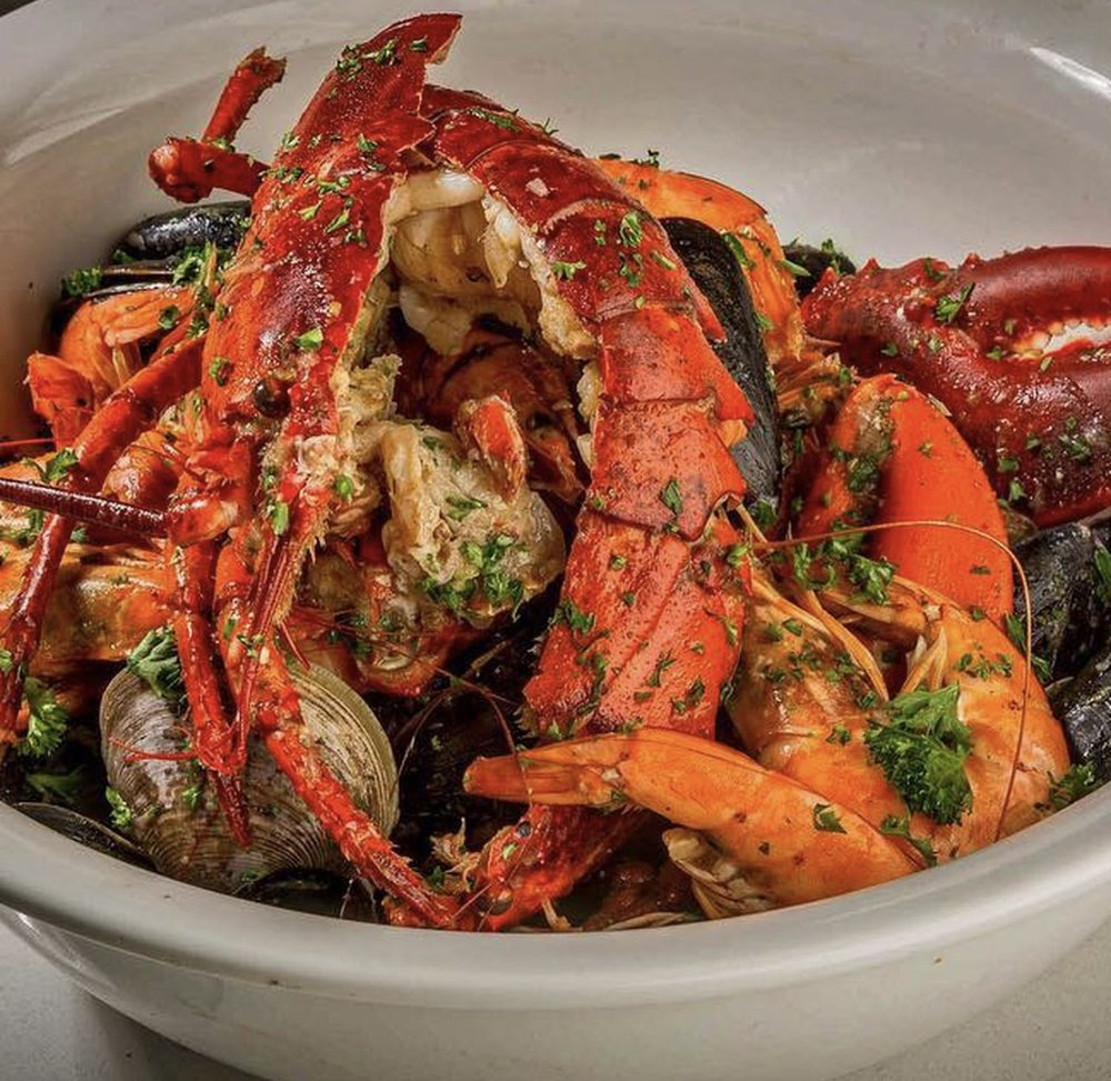 The Crab House: 3299 S Broadway, Englewood, CO