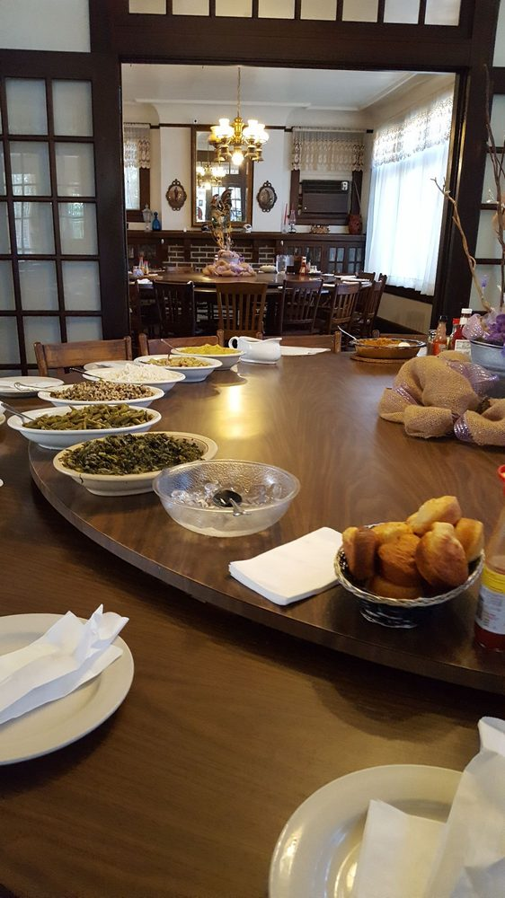 The Dinner Bell: 229 5th Ave, McComb, MS