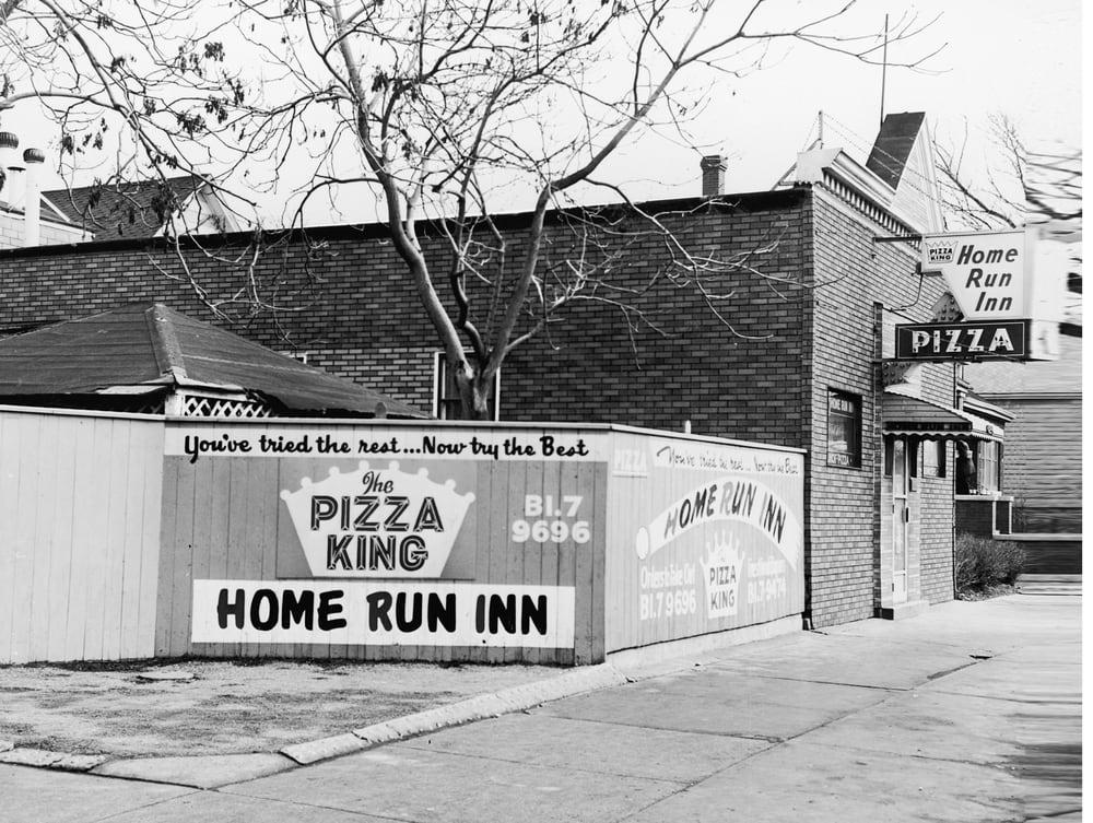 Photos for home run inn pizza 31st street in chicago yelp for Home run inn