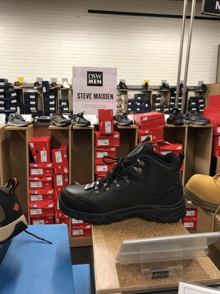 men's shoe warehouse outlet