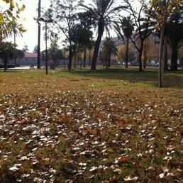 Jardines de villa amparo dog parks calle valencia s n paiporta valencia spain yelp Villa jardin donde queda
