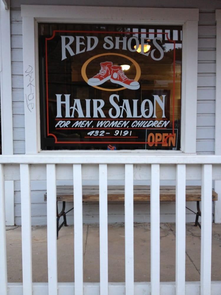 Red Shoes Hair Salon: 318 Tombstone Canyon, Bisbee, AZ