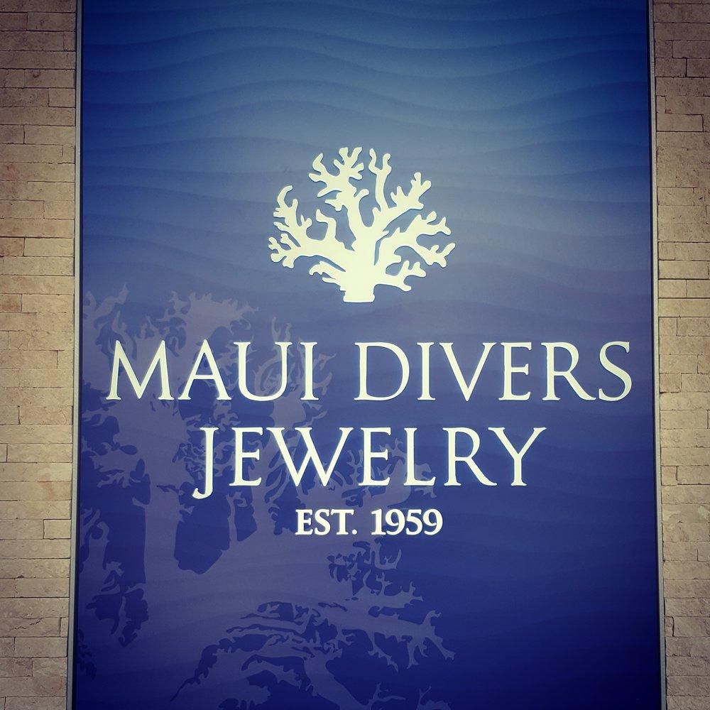 Maui divers jewelry 2330 kalakaua ave waikiki for Maui divers jewelry waikiki
