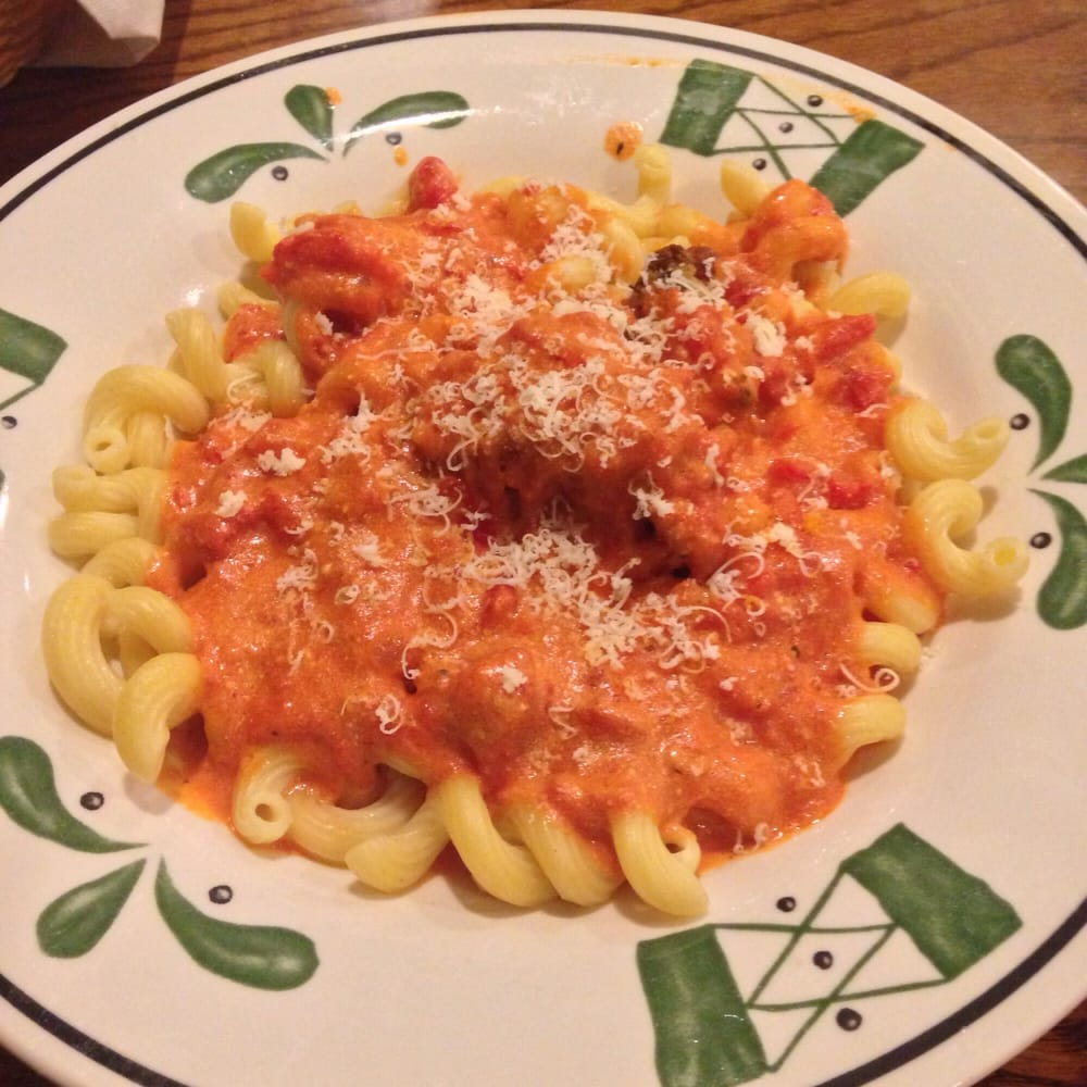 Five Cheese Marinara Sauce On Cavatappi Pasta With Chicken Meatballs Yelp