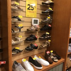 538c7bc3fe9a8 The Walking Company - 18 Photos   11 Reviews - Shoe Stores - 265 Valley  River Ctr