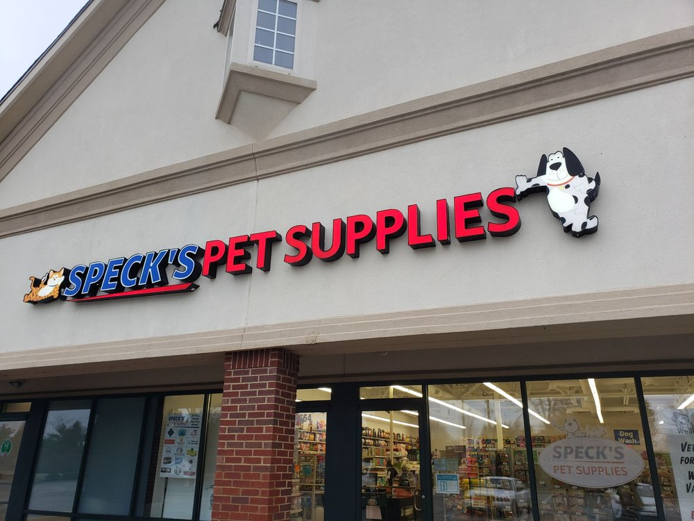Specks Pets: 12664 E 116th St, Fishers, IN