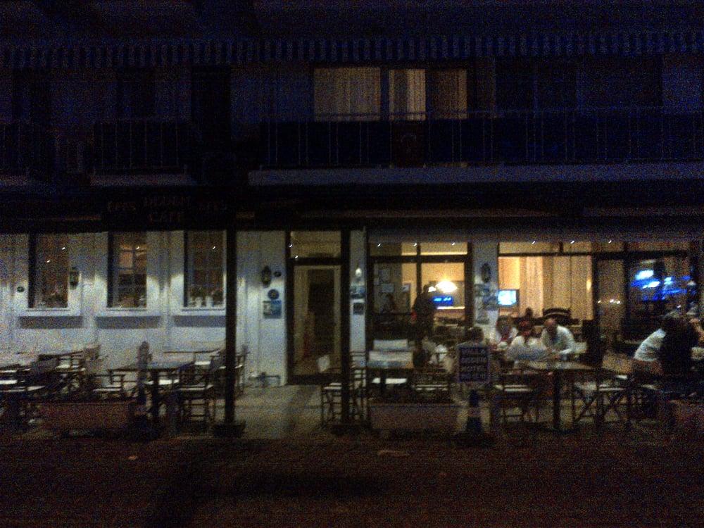 Dedem Cafe