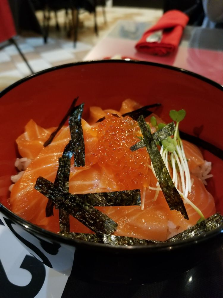 Aji Sushi and Asian Cuisine: 5610 Outer Lp, Louisville, KY