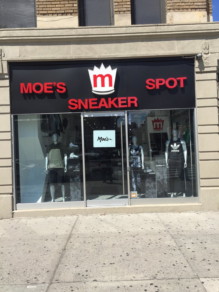 Modell's Sporting Goods is America's oldest, family-owned and operated retailer of sporting goods, athletic footwear, active apparel and more. Shop our sporting .