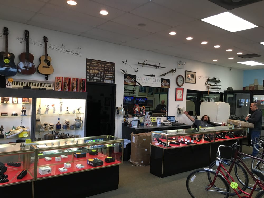 Windy city jewelry loan 3271 n milwaukee ave for Kv jewelry and loan