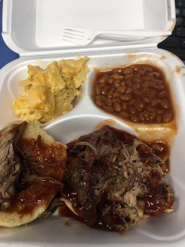Doo-Little's Shack and Snacks: 24 Fairfield Ave, Newport, KY