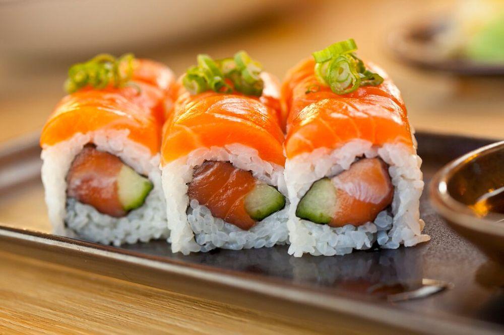 Fresh roll yelp for Asia sushi bar and asian cuisine mashpee
