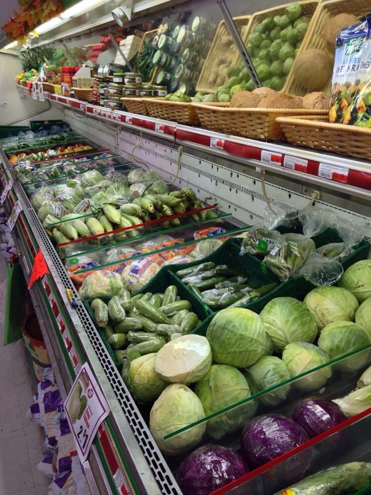 Jack's Market: 2 Spruce, La Jara, CO