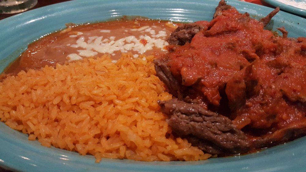 El Jalisco: 448 3rd Ave, Montgomery, WV