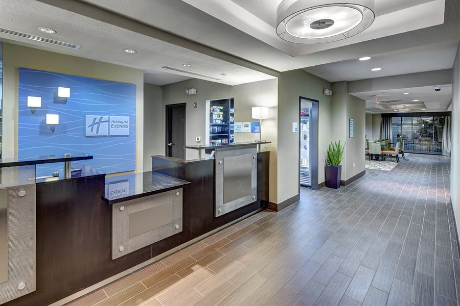 Holiday Inn Express & Suites Kansas City Ku Medical Center: 3932 Rainbow Blvd, Kansas City, KS