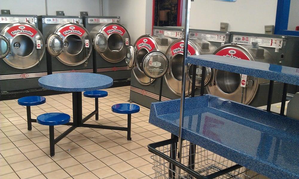 Queen City Laundry- Amelia: 1721 E Ohio Pike, Amelia, OH