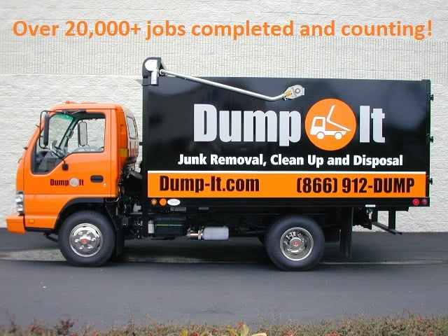 Dump-It Junk Removal: 16212 Bothell Everett Hwy, Mill Creek, WA