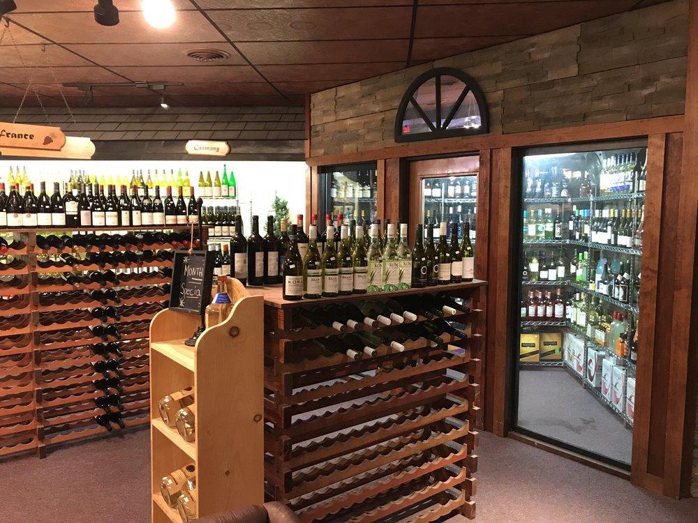 Adirondack Wine Merchants: 278 Quaker Rd, Queensbury, NY