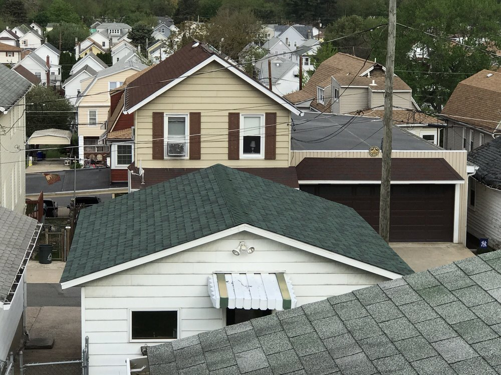 Smith & Miller Roofing: 55 Front St, Pittston, PA
