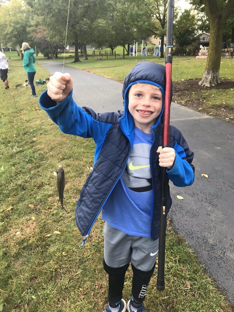 Chicago Fishing School: Oakbrook Terrace, IL
